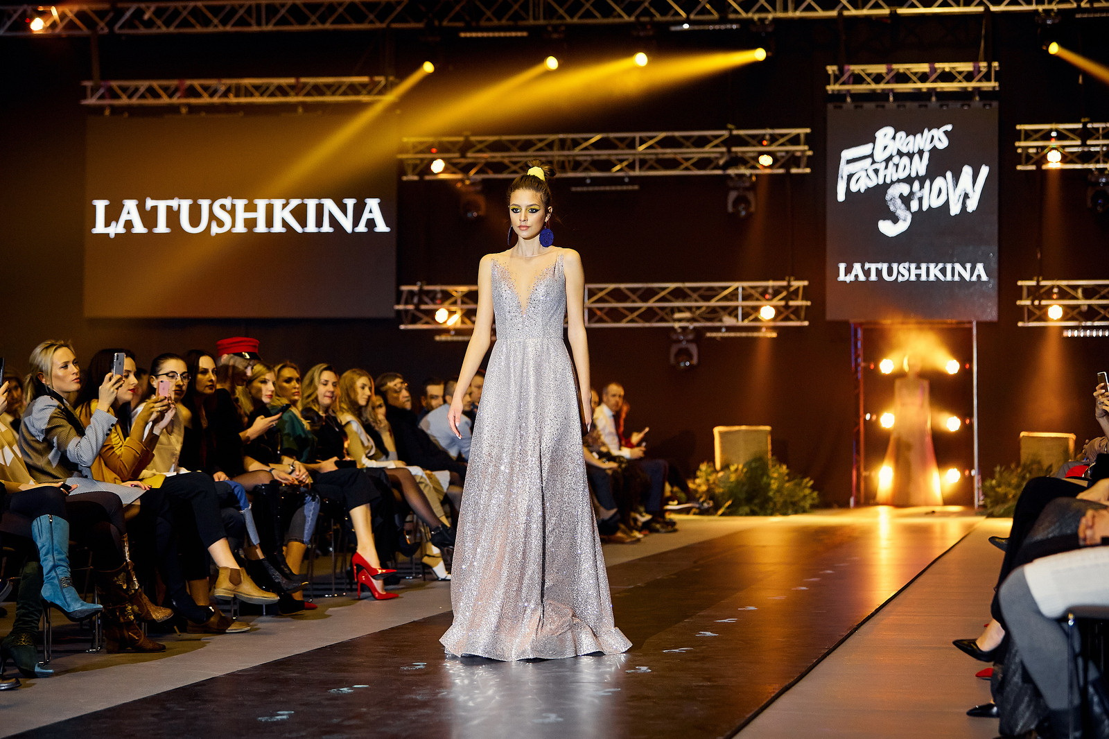 2 день Brands Fashion Show: Candy Lady, Ежевика, Latushkina